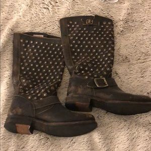 Frye Moto boots with hammered details - RARE